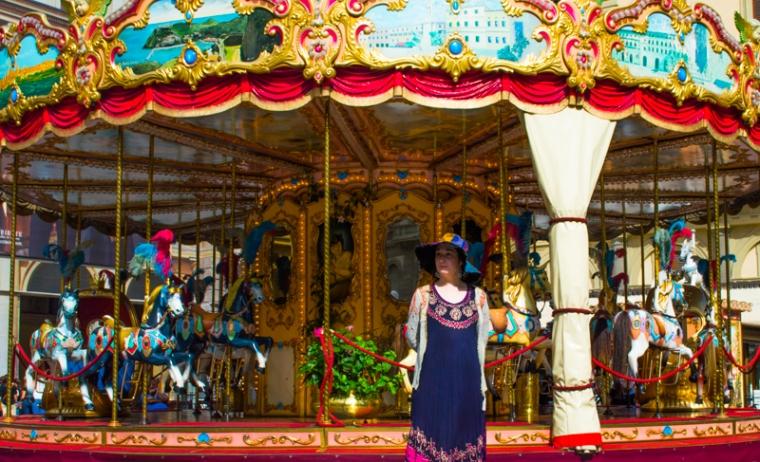carousel in piazza della repubblica